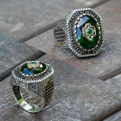 Endülüs Tasarım Yeşil Taşlı Gümüş Yüzük