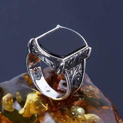 Kalemkar Figürlü Oniks Taşı Gümüş Yüzük