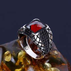 Lal Taşlı Zirkon Tasarım Gümüş Yüzük