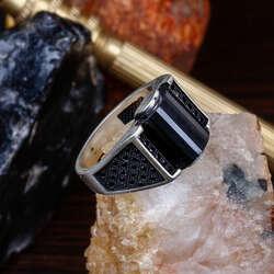 Oniks ve Zirkon Taş İşlemeli Gümüş Yüzük