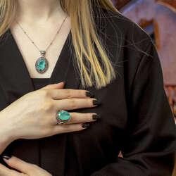 Özel Tasarım Paraiba Taşlı Kadın Gümüş Yüzük Kolye Kombin